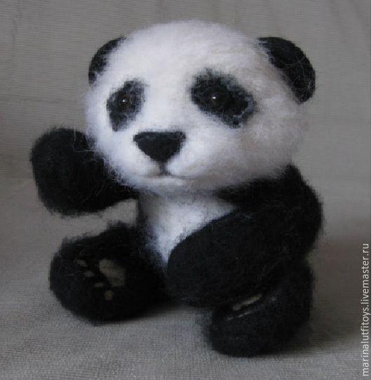Игрушки животные, ручной работы. Ярмарка Мастеров - ручная работа. Купить Панда, валяная игрушка. Handmade. Чёрно-белый
