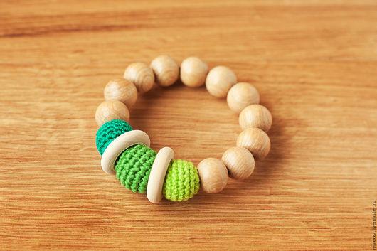 Развивающие игрушки ручной работы. Ярмарка Мастеров - ручная работа. Купить Прорезыватели - первая игрушка с деревянными колечками ярко-зеленый. Handmade.