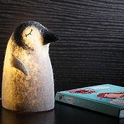 Для дома и интерьера ручной работы. Ярмарка Мастеров - ручная работа Светильник войлочный Пингвин. Handmade.