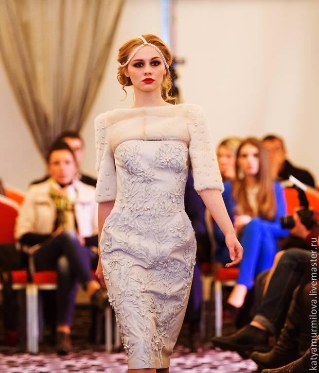 платья стоимость украина