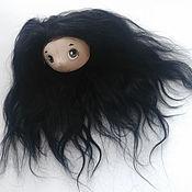 Волосы для куклы 21 см. Коза на шкурке №3 чёрная.10х10 см