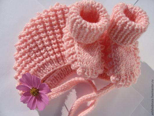 Для новорожденных, ручной работы. Ярмарка Мастеров - ручная работа. Купить пинетки и чепчик для новорожденной розовые (0-3мес). Handmade.