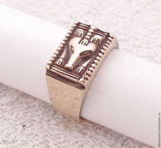 Обереги, талисманы, амулеты ручной работы. Ярмарка Мастеров - ручная работа. Купить Кольцо мужское Медведь Югра перстень-оберег из бронзы. Handmade.