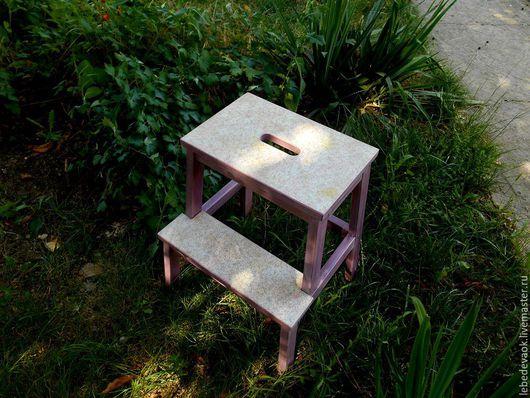 Мебель ручной работы. Ярмарка Мастеров - ручная работа. Купить Табурет-стремянка - декупаж для дома дачи интерьер. Handmade. Брусничный