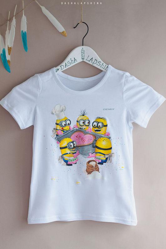 Футболки, майки ручной работы. Ярмарка Мастеров - ручная работа. Купить Детская футболка с росписью Birthday Minions. Handmade.