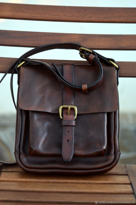 5967355f9647 Мужские сумки ручной работы. Ярмарка Мастеров - ручная работа. Купить Сумка  на плечо коричневая ...