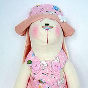 Куклы и игрушки ручной работы. Ярмарка Мастеров - ручная работа Заяц Малышка в розовом костюме (45 см.). Handmade.