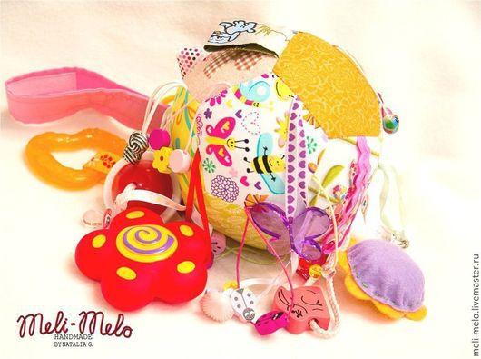 Развивающие игрушки ручной работы. Ярмарка Мастеров - ручная работа. Купить Развивающий лоскутный мячик.. Handmade. Развивающая игрушка, подвеска