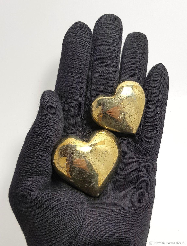 заключается только фото золотого сердца сеновале очень