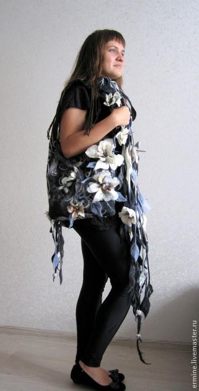 Женские сумки ручной работы. Ярмарка Мастеров - ручная работа. Купить Комплект из сумочки и длинного шарфа. Handmade. Чёрно-белый