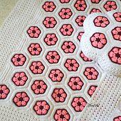 Для дома и интерьера ручной работы. Ярмарка Мастеров - ручная работа Вязаный детский плед и подушка. Handmade.