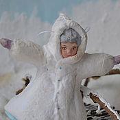 Подарки к праздникам ручной работы. Ярмарка Мастеров - ручная работа Ватная елочная игрушка ФИГУРИСТКА. Handmade.