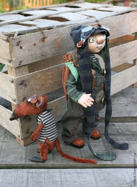Человечки ручной работы. Ярмарка Мастеров - ручная работа. Купить Авторская кукла по мотивам Искателей приключений. Handmade. Хаки, плюш