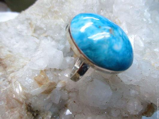 кольцо `Голубая мечта` цена 1800 ларимар