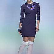 Одежда ручной работы. Ярмарка Мастеров - ручная работа фиолетовое платье из трикотажа с вырезом и аппликацией. Handmade.