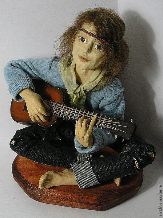 Коллекционные куклы ручной работы. Ярмарка Мастеров - ручная работа. Купить Кукла Хиппи с гитарой Авторская кукла. Handmade.