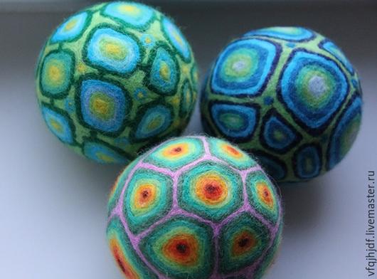 Вальдорфская игрушка ручной работы. Ярмарка Мастеров - ручная работа. Купить Детские мячики. Handmade. Разноцветный, валяная игрушка