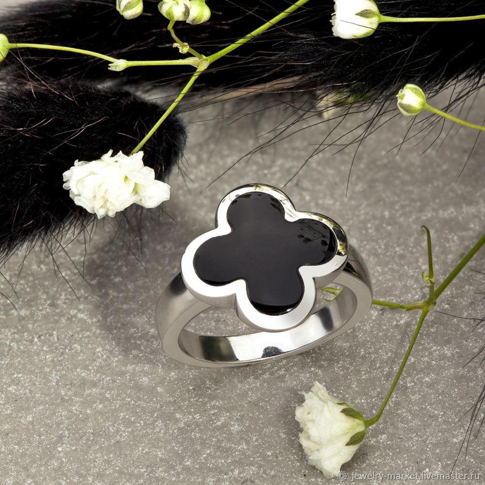 Стильное кольцо в виде клевера из белого золота 585 пробы и оникса, Кольца, Екатеринбург,  Фото №1