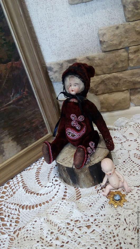 Коллекционные куклы ручной работы. Ярмарка Мастеров - ручная работа. Купить Милана. Handmade. Бордовый, подарок девушке, винтажный плюш