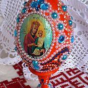 Яйцо сувенирное с изображением иконы Божьей Матери