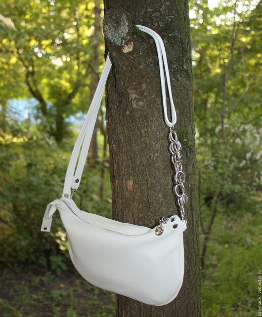 """Женские сумки ручной работы. Ярмарка Мастеров - ручная работа. Купить """"Снежок"""" маленькая белая сумочка кросс-боди. Handmade."""