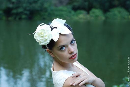 Диадемы, обручи ручной работы. Ярмарка Мастеров - ручная работа. Купить Ободок с цветами Белая Роза. Handmade. Белый цвет