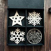 Подарки к праздникам ручной работы. Ярмарка Мастеров - ручная работа Ёлочные игрушки из дерева/ набор елочных игрушек в коробке. Handmade.