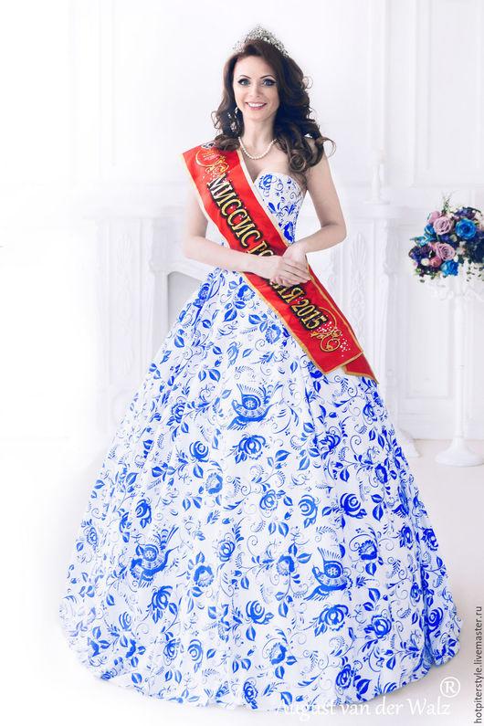 Платье в Русском стиле, вечернее платье для Королевы, платье в силе А-ля Русс. Гжель. Ручная работа. Эксклюзив.