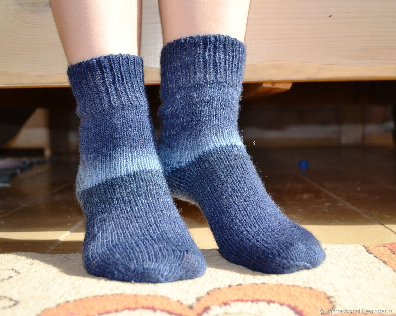 Носки, Чулки ручной работы. Ярмарка Мастеров - ручная работа. Купить Носки вязаные шерстяные, меланж синие градиент, носочки. Handmade.