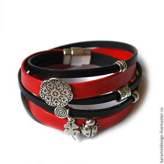 Браслеты ручной работы. Ярмарка Мастеров - ручная работа. Купить Кожаный браслет намотка, красный и черный. Handmade. Ярко-красный