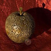 """Для дома и интерьера ручной работы. Ярмарка Мастеров - ручная работа Шкатулка """"Яблоко"""". Handmade."""