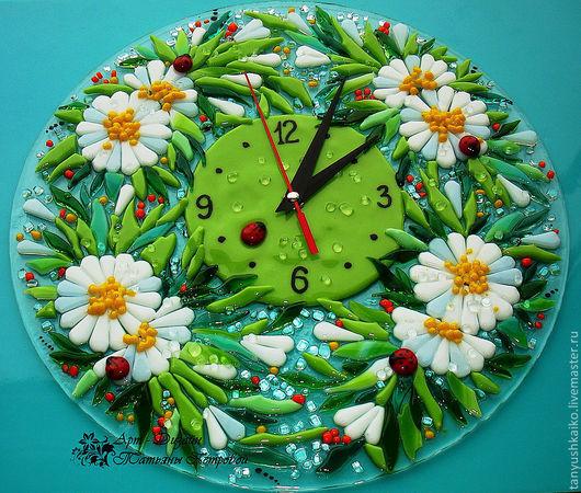 Часы для дома ручной работы. Ярмарка Мастеров - ручная работа. Купить часы ПОСЛЕ ДОЖДЯ, фьюзинг. Handmade. Ярко-зелёный