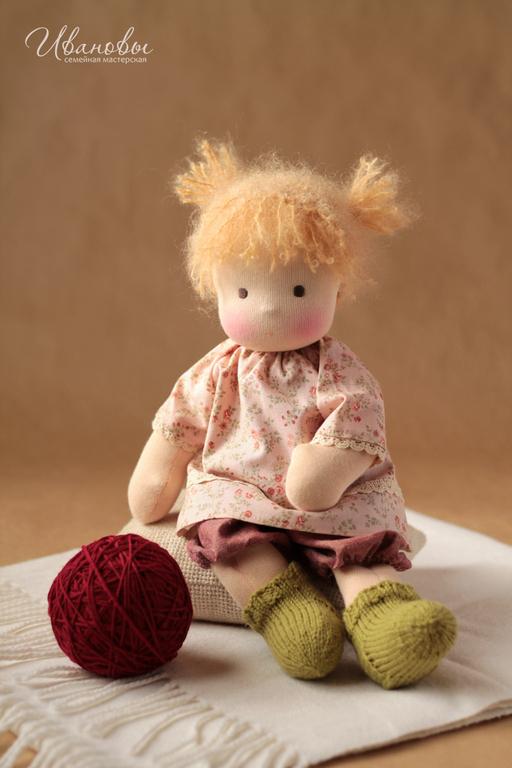 Вальдорфская игрушка ручной работы. Ярмарка Мастеров - ручная работа. Купить Вальдорфская кукла Непоседа. Handmade. Вальдорфская кукла