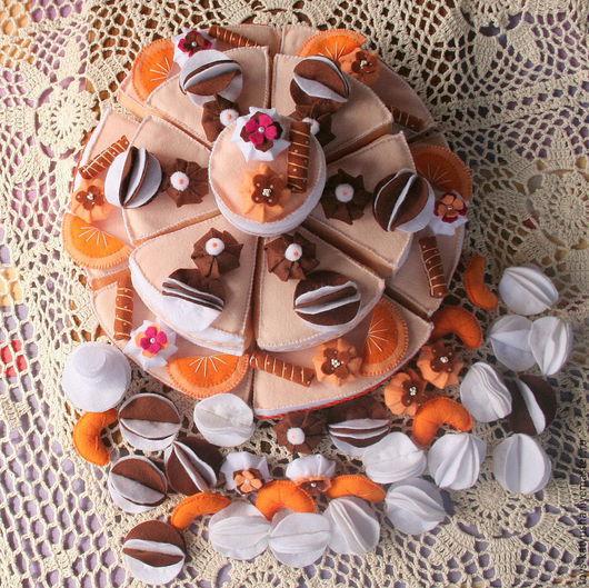 """Развивающие игрушки ручной работы. Ярмарка Мастеров - ручная работа. Купить Фетровый конструктор """"Шоколадно-мандариновый торт"""". Handmade. Торт"""