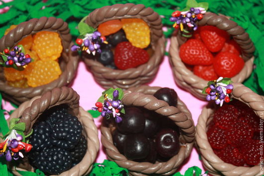 Мыло ручной работы. Ярмарка Мастеров - ручная работа. Купить корзинка с ягодами. Handmade. Разноцветный, день рождения