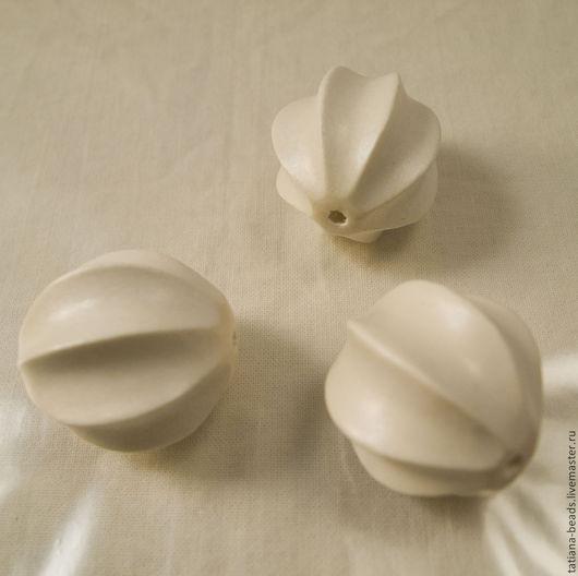 Для украшений ручной работы. Ярмарка Мастеров - ручная работа. Купить Бусины белые крупные сквош из белого дерева 30 мм (Филиппины). Handmade.