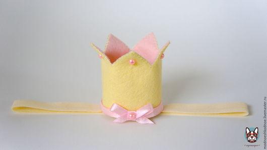 Корона из фетра для маленькой принцессы! Возможно исполнение на ленте или заколочке.