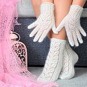 Аксессуары handmade. Livemaster - original item Gloves: New!Openwork down set socks and gloves. Handmade.