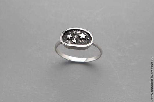 Кольца ручной работы. Ярмарка Мастеров - ручная работа. Купить кольцо из серебра с тремя звёздами Кусочек Неба. Handmade.