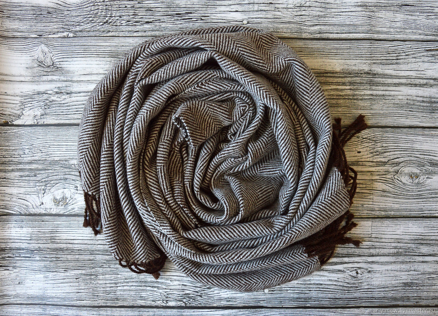 The scarf is always fashionable gray. Hand weaving, Scarves, Smolensk,  Фото №1