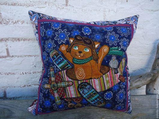 """Текстиль, ковры ручной работы. Ярмарка Мастеров - ручная работа. Купить Две разные наволочки """" Путешествие кота"""". Handmade."""