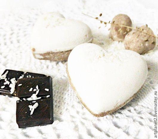 Бомбы для ванны ручной работы. Ярмарка Мастеров - ручная работа. Купить Шоколадно-кокосовые сердечки (Бомбочка для ванны). Handmade. Комбинированный