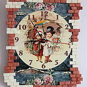 Для дома и интерьера handmade. Livemaster - original item DUTCH MOTIVES.TWO UNDER THE UMBRELLA. Wall Clock. Handmade.