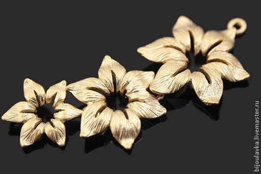 """Для украшений ручной работы. Ярмарка Мастеров - ручная работа. Купить Коннектор матовая позолота """"Лилии"""", 39 мм, Южная Корея. Handmade."""