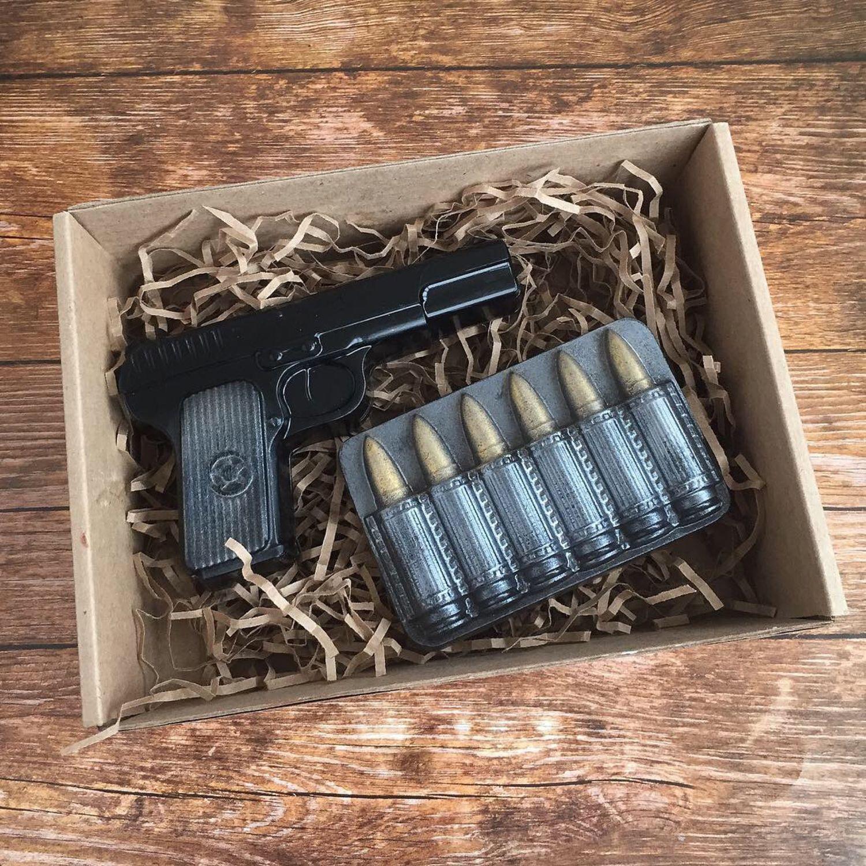 Подарки на Пасху ручной работы. Ярмарка Мастеров - ручная работа. Купить Набор мыла пистолет с пулями. Handmade. Мыло
