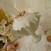 """Подарки к праздникам ручной работы. Ярмарка Мастеров - ручная работа игольница"""" Воздушный десерт"""". Handmade."""