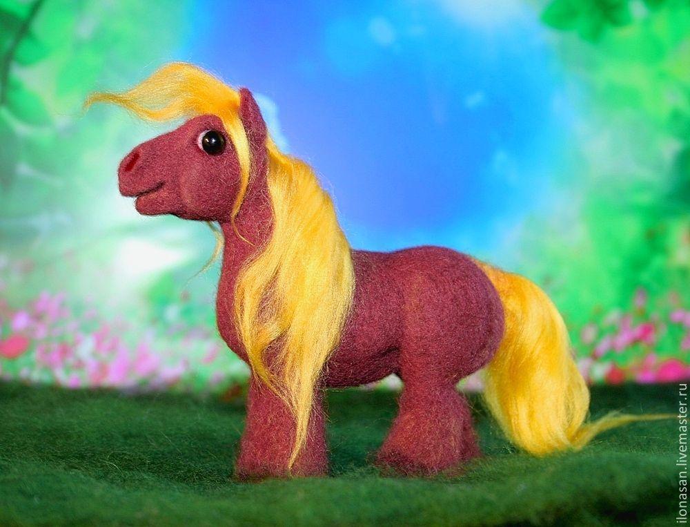 Миниатюрная лошадка-тяжеловозик Бенни, Мягкие игрушки, Владивосток,  Фото №1