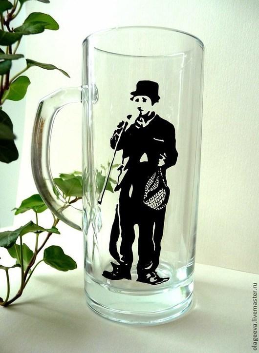 Кружки и чашки ручной работы. Ярмарка Мастеров - ручная работа. Купить Чарли Чаплин пивная кружка. Handmade. Чёрно-белый