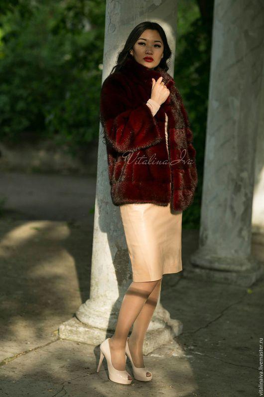 Верхняя одежда ручной работы. Ярмарка Мастеров - ручная работа. Купить Шубка из меха норки цвета бордо. Handmade. Бордовый