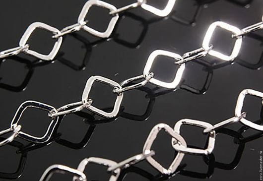 Цепь крупная, квадратная, серебро родиевое покрытие, фурнитура Южная Корея